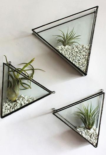 Háromszög alakú modern fali virágtartó