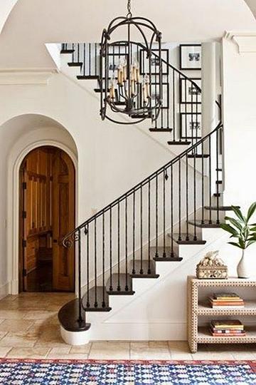 Spanyol mediterrán lépcsőház