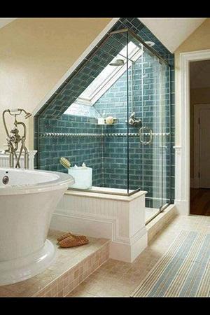 Tetőtéri zuhanyzó
