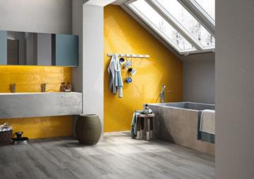 Tetőtéri fürdőszoba modern stílusban